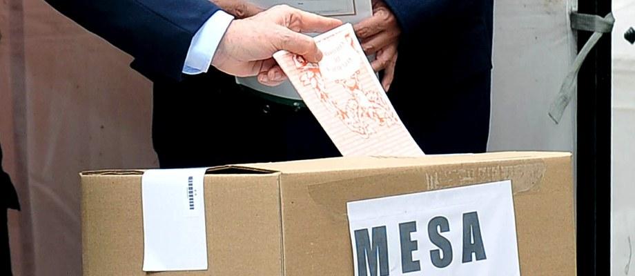 de votación en 214 puestos instalados en los Consulados de Colombia